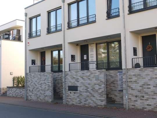 Bad Soden ++ Modernes Reihenhaus ++ urbanes Wohnen im Salinen Carré ++ Bis 31.08.2028 vermietet