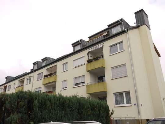 KELKHEIM++2.5 Zimmer DG mit großer Terrasse und praktischem Grundriss++Bezugsfrei