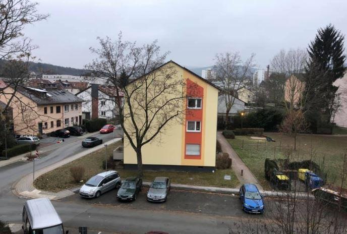 ++Wunderschöne, helle und frisch renovierte 3 Zimmer-Wohnung mit Balkon++